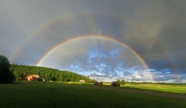 arco iris e paisagem